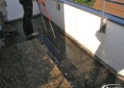 Ortung von Undichtigkeiten in der Abdichtung einer Dachterrasse
