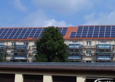 Dachfläche mit neuer Photovoltaikanlage