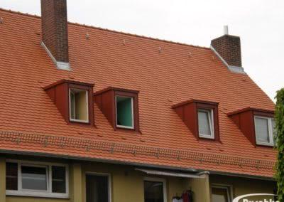 Erkerverblechungen und Kaminanschlüsse am neuen Dach
