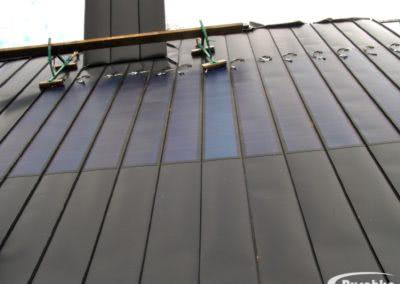 Dünnschichtmodule Photovoltaik auf Metallbahnen aufgeklebt