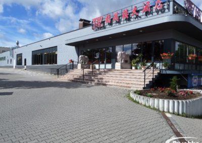 Dach eines Asiarestaurants wird saniert