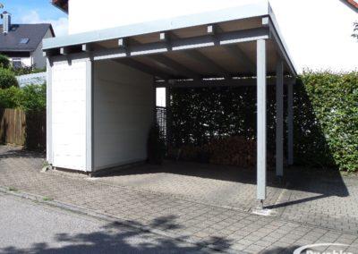 Carportdach mit Kunststoffdach abgedichtet und Metallfassade